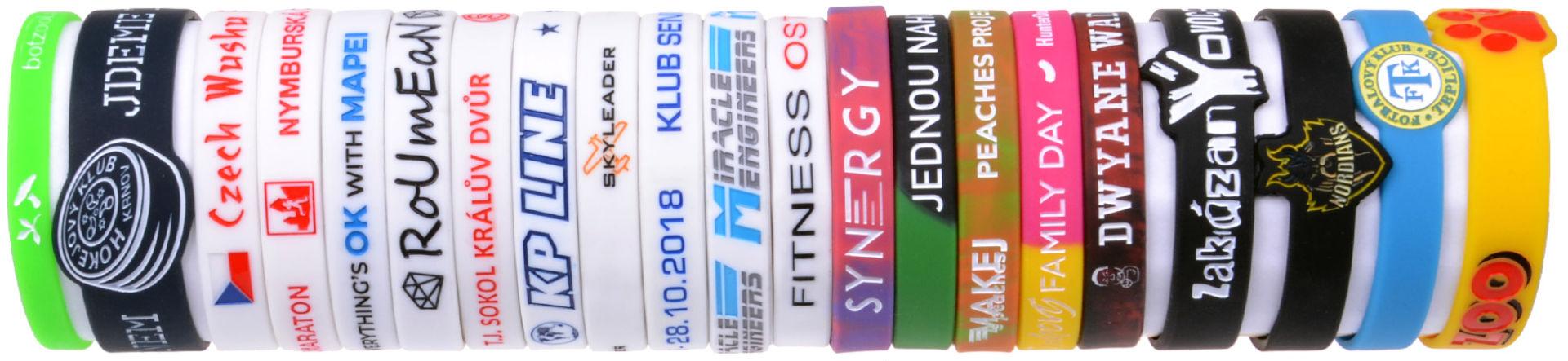 Gumové náramky na ruku, výroba silikonových náramků -